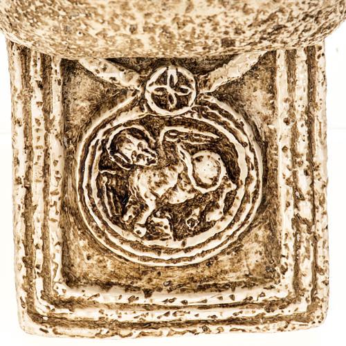 Pila de agua bendita forma cruz de piedra Bethléem 7