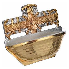 Bénitier doré, croix s2