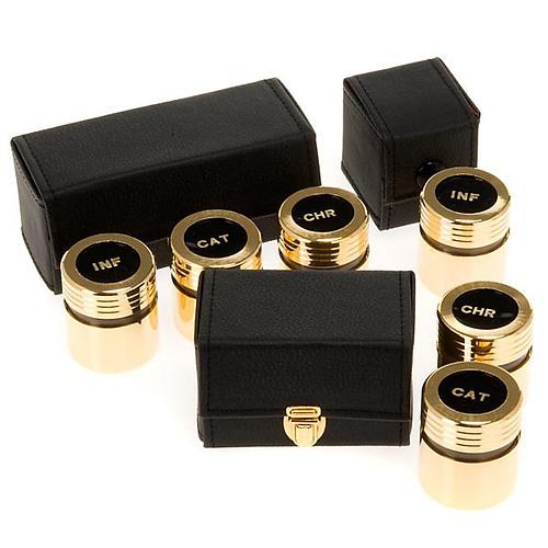 Estuche con vasitos dorados para el aceite sagrado 1