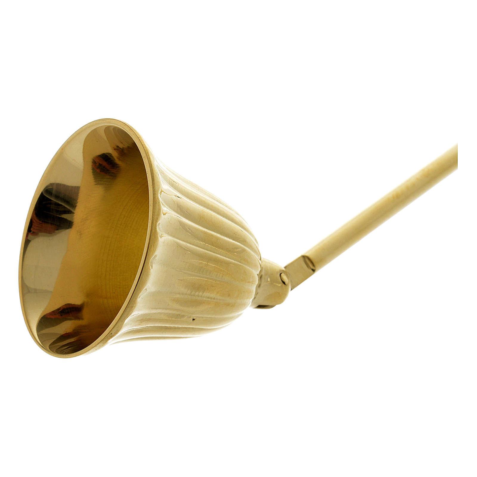 Éteint-bougie avec manche en bois laiton doré 3