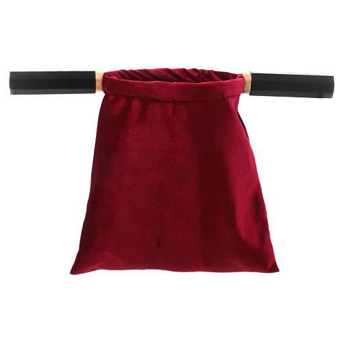 Bolsa para ofrendas (limosna) terciopelo rojo con dos mangos 2
