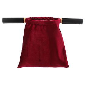 Sac aumône velours rouge avec deux manches s2