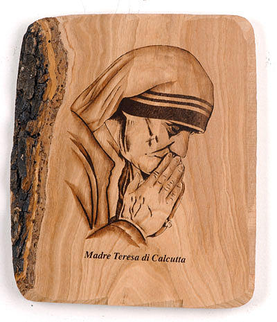 Madre Teresa mani giunte Azur 1
