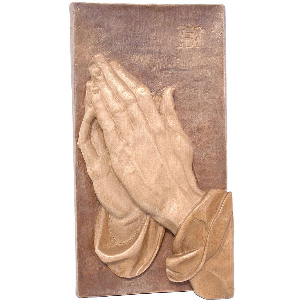 Bas-relief mains jointes bois Valgardena patiné multinuance 4