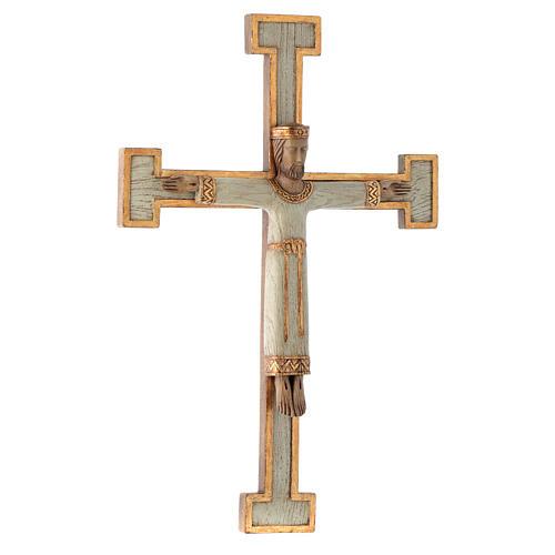 Crucifix en pierre, Chist, roi en blanc, croix blanche 3