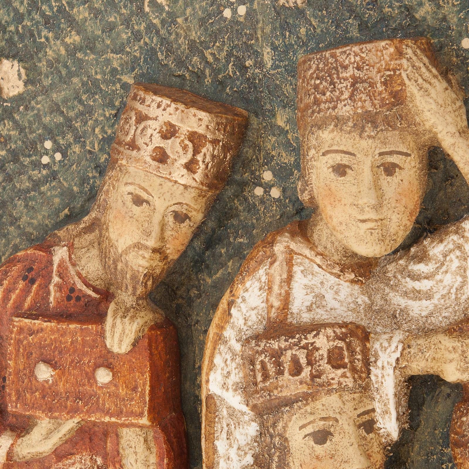 Bajorrelieve tres Reyes Magos Pesebre de otoño de madera pintada 4