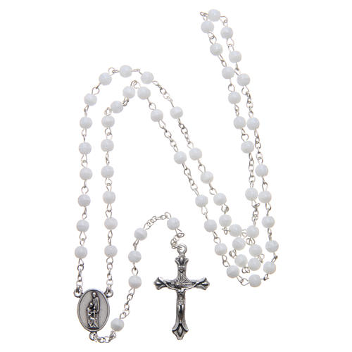 Holy Family painting in aluminium and wood and white rosary with glass pearls 7