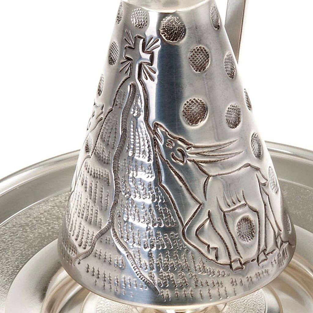 Conjunto jarra cincelada ciervos en la fuente 3