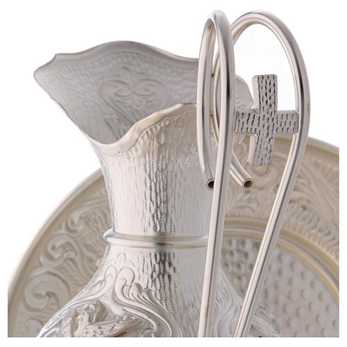 Ewer set with chiselled angels 2
