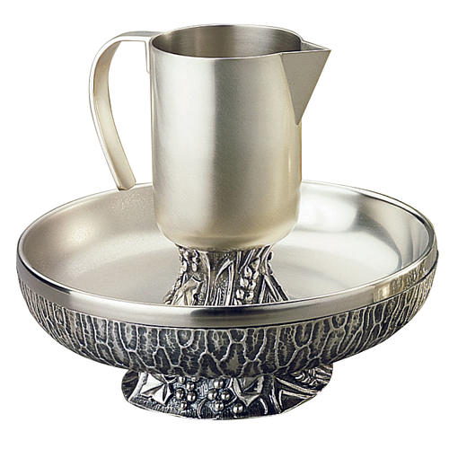Ewer with basin, Molina in silver brass 1