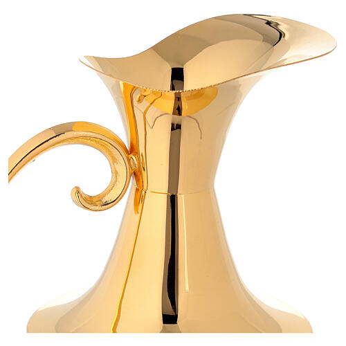 Classic gold plated ewer 3