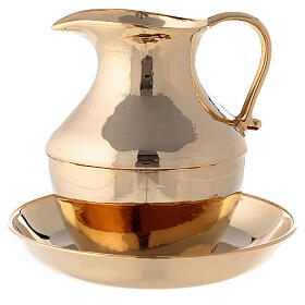 Jug with saucer for washing hands in glossy brass s1
