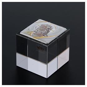 Bomboniera cubo fermacarte con Cristo 5x5x5 cm s3