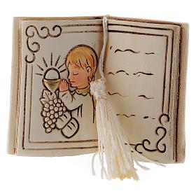 Bimba in preghiera bomboniera 6 cm libro s1