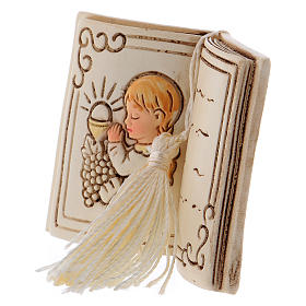 Bimba in preghiera bomboniera 6 cm libro s2