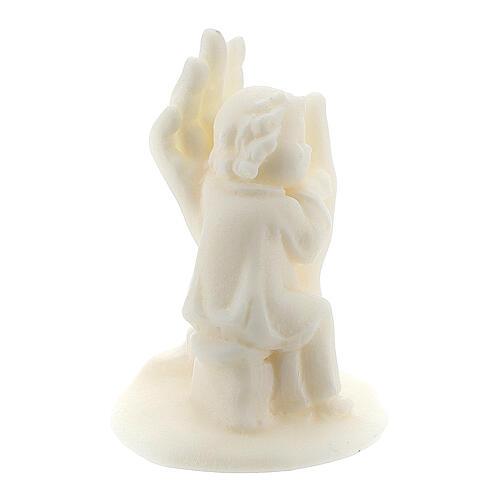 Ange sur main résine blanche pour garçon 3