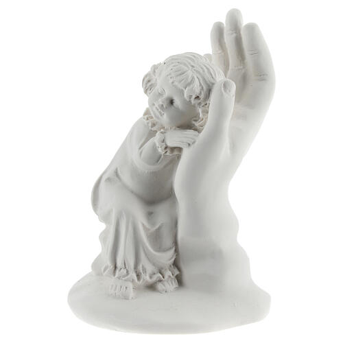 Resin hand with little girl 10 cm 2