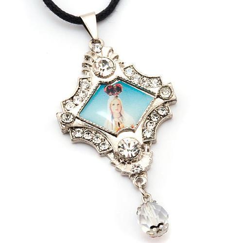Croix pendentif, image Vierge,verre, nacre, paillettes 3