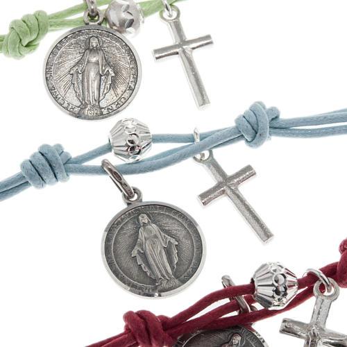 Bracelet with coloured string 5
