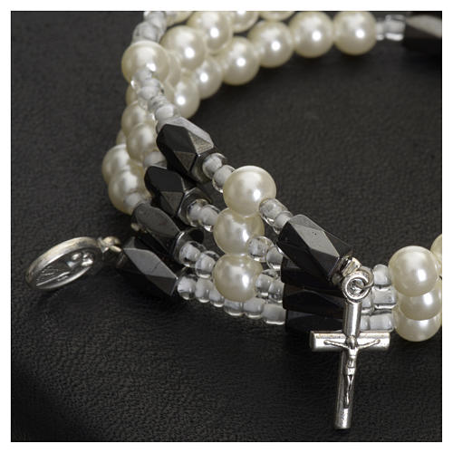 Brazalete rosario Medjugorje perlas blancas 2