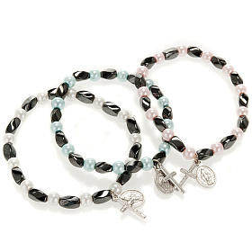 Elastic bracelet in hematite and fake pearl s1