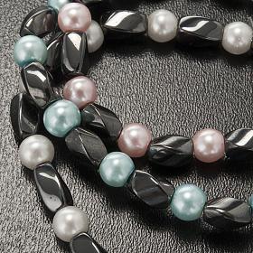 Elastic bracelet in hematite and fake pearl s5