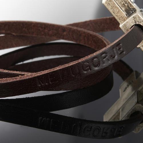 Bracciale croce Swarovski e pelle lung. 34 cm 10