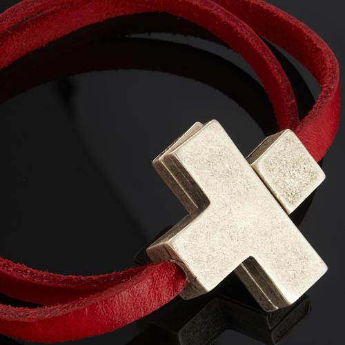 Bracelet en cuir Medjugorje croix long. 34 cm 5