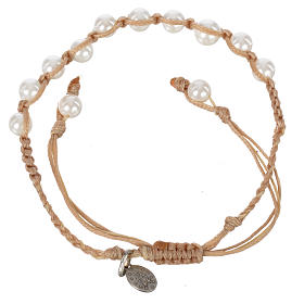 Bracelet in pearl with Miraculous Medal in silver with sand cord s2