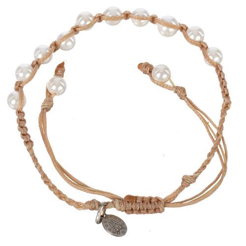 Pulsera Perla Blanca Medalla Virgen Milagrosa Plata 925 cuerda color arena 2