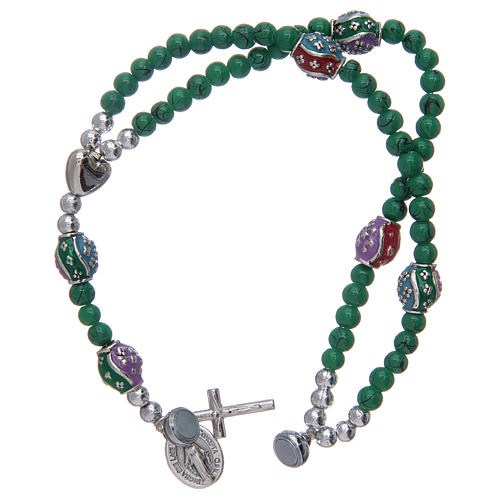 Rosary bracelet with glass grains 4 mm and green polished metal 3