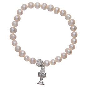 Bracciale rosario con grani in perla e ciondolo a calice s2
