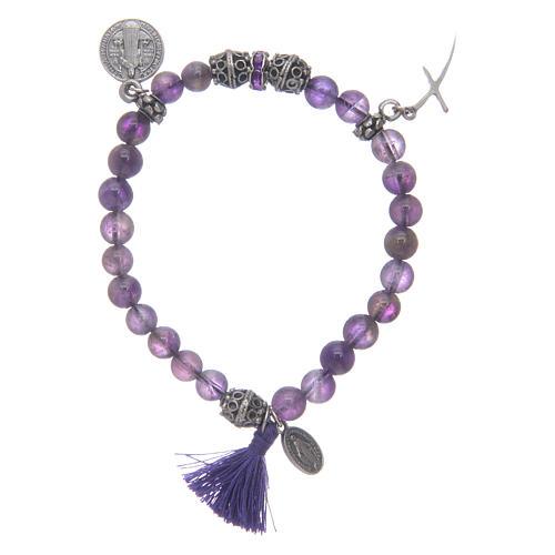 Bracelet élastique en améthyste et médaille St Benoît 1