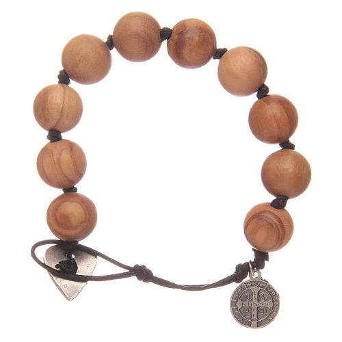 Dozen rosary bracelet with wooden grains and a Saint Benedict medalet 2