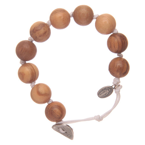 Dozen rosary bracelet with wooden grains and Miraculous medalet 1