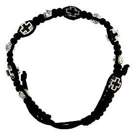 Bracelet dizainier noir tressé avec grains rose 6x7 mm et croix émaillées s1