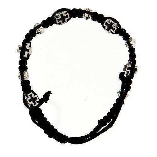 Bracelet dizainier noir tressé avec grains rose 6x7 mm et croix émaillées 2