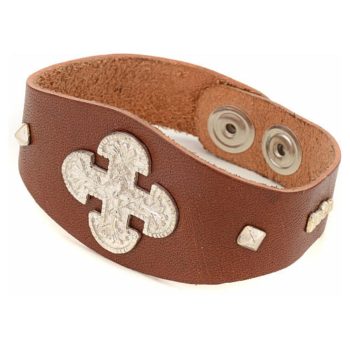 Bracelet in brown leather with decorations in sterling silver 1