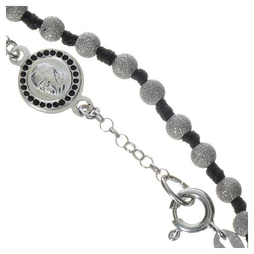Pope Francis 800 silver one-decade bracelet, diamond effect grains 3