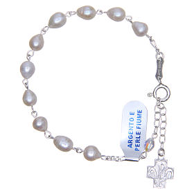 Gold and silver bracelets: Bracelet rosary beads in 925 silver and river pearls with crystal cross 6mm