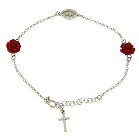 Bracelet with resin roses, a zirconate medalet and a smooth cross s1
