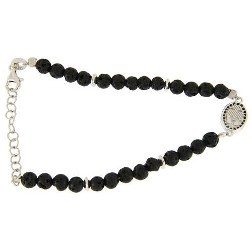 Bracelet pierre de lave et insert médaille religieuse Ste Rita zircons noirs 2