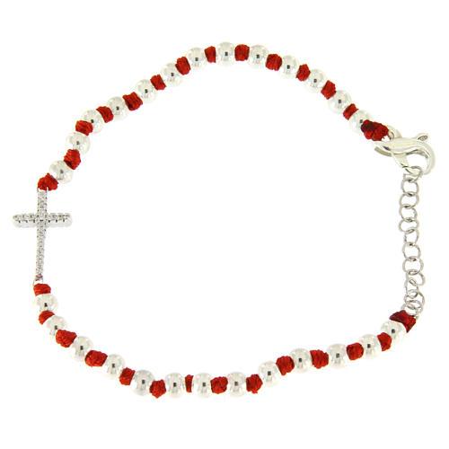 Bracciale sfere argento 3 mm e nodi cotone rosso, croce zirconata bianca 2