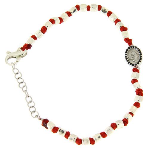 Pulsera esferas talladas plata 2 mm, pequeña medalla S. Rita zircones negros y cuerda roja de algodón 1