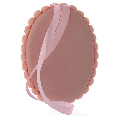 Medalla para cuna pompón rosa con Sagrada Familia y Carillón 3