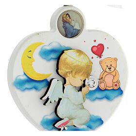 Médaille berceau coeur blanc ange en prière s2