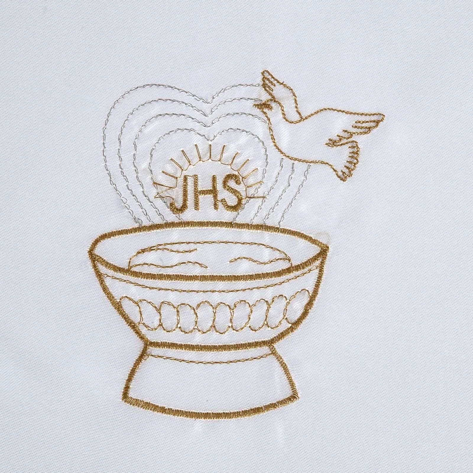 Brassière baptême colombe IHS et fonts baptismaux satin 4