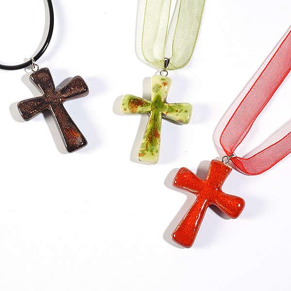 Croce pendente classica 4