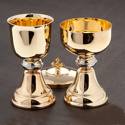 Chalice and ciborium for travel in gold-plated brass 2