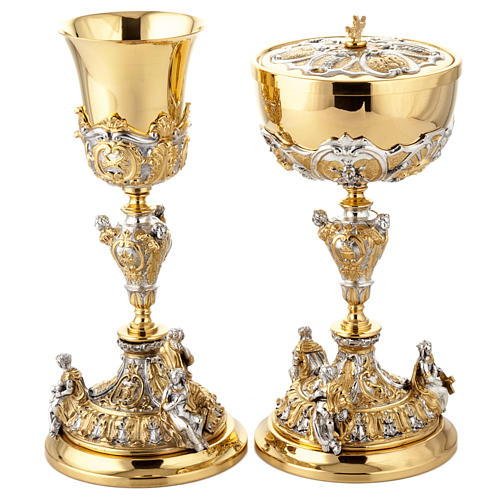 Chalice and ciborium Putti 1
